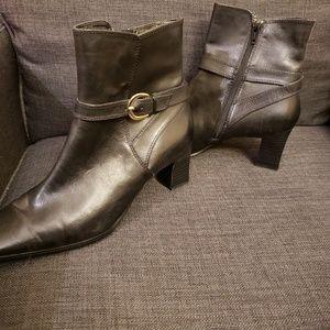 NWOT Black Leather Nine West Boots w/ Square Toe